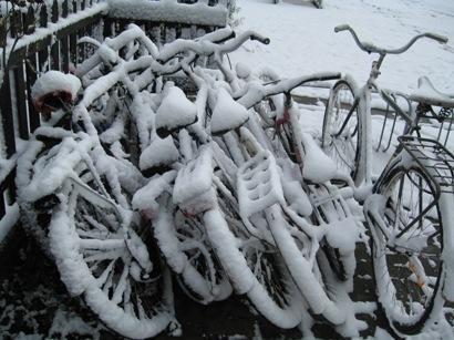 Snöiga cyklar